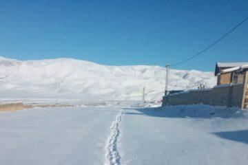 قطع برق در سیلوانای ارومیه به دلیل بارش سنگین برف