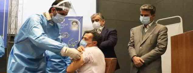 تزریق نخستین واکسن کرونا در آذربایجان غربی آغاز شد